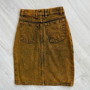 Vintage 1990s MTC jeans skirt yellow 24